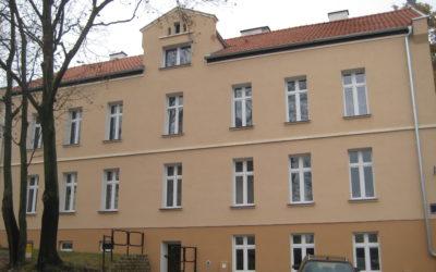 Adaptacja lokalu mieszkalnego w budynku wielorodzinnym wspólnoty mieszkaniowej przy ul. Kaszubskiej 7 na mieszkanie chronione